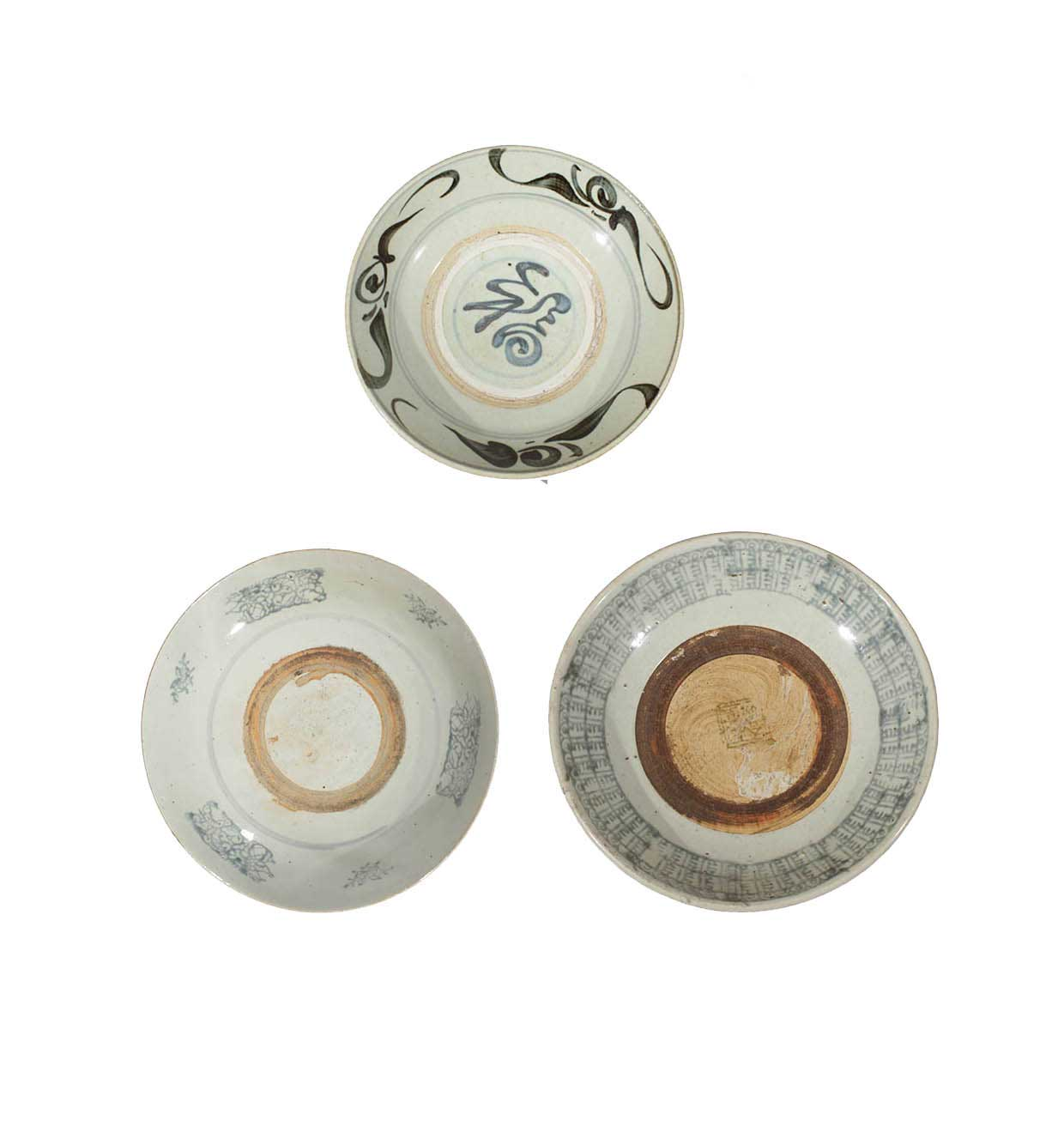 Three 19th century kitchen Qing dishes